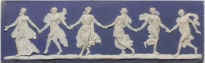 Wedgwood Blue met 'Dancing Hours'-motief