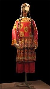 Kostuum van Léon Bakst uit de Sacre
