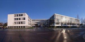 Het Bauhaus in Dessau (foto  M_H.DE)