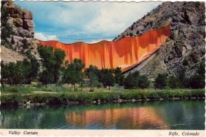 Valley-Curtain-Postcard