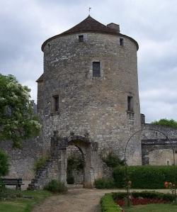 Montaignetoren in de Dordogne (foto Henry Salomé / WC)
