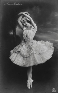2006ae9751_anna_pavlova_in_the_dying_swan