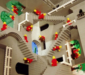 Eschers Relativiteit in lego