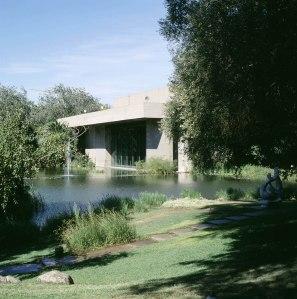 De tuin van het Gulbenkian Museum in Lissabon (foto Biblioteca de Arte Fundação Calouste Gulbenkian / WC)